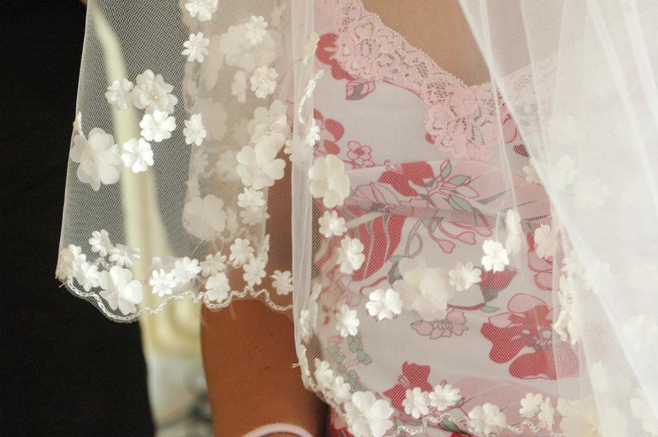 16.bruidsjurk-detail-foto