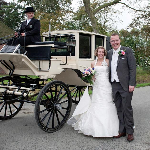 42.bij-de-koets-huwelijk