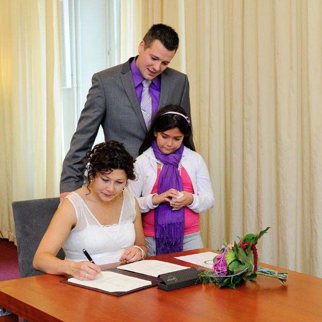 43.getuigen-verklaring-ondertekenen-stadhuis-groningen